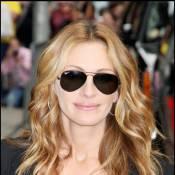 Julia Roberts : pour faire une déclaration d'amour à David Letterman... elle la joue chic, classique et blonde !