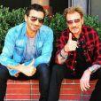 Jean-Claude Sindres et Johnny Hallyday posent à Los Angeles. Instagram le 13 avril 2016.