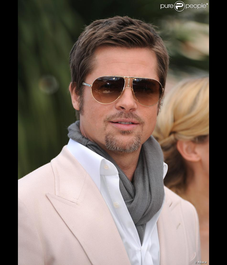 coupe de cheveux homme brad pitt. Black Bedroom Furniture Sets. Home Design Ideas