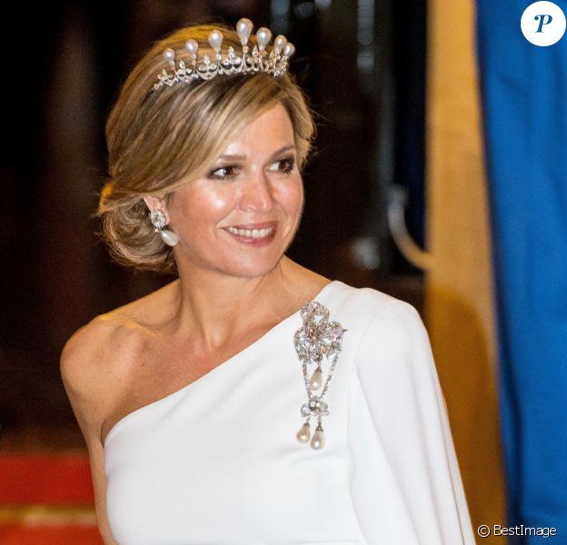 La reine Maxima des Pays-Bas lors du dîner de gala en l'honneur du corps diplomatique au palais royal à Amsterdam le 9 avril 2019.