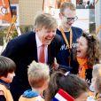 Le roi Willem-Alexander des Pays-Bas lors de l'ouverture des Jeux du Roi à l'école primaire Arke à Lemmer le 12 avril 2019