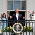 Le président Donald Trump et la première dame Melania Trump lors de la chasse annuelle d'oeuf de Pâques à la Maison Blanche à Washington le 22 avril 2019.