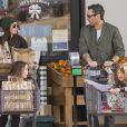 Exclusif - Megan Fox, Brian Austin Green et leurs enfants font des courses avant les fêtes de Noël à Los Angeles le 23 décembre 2018.