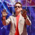 Robert Downey Jr. - Toute l'équipe de Marvel Studios Avengers: Endgame laissent leurs empreintes sur le ciment lors d'une cérémonie au Chinese Theatre à Hollywood, Los Angeles, le 23 avril 2019