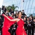 """Alessandra Ambrosio - Montée des marches du film """"Les Misérables"""" lors du 72ème Festival International du Film de Cannes. Le 15 mai 2019 © Borde / Bestimage"""