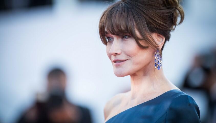"""Carla Bruni Sarkozy - Montée des marches du film """"Les Misérables"""" lors du 72ème Festival International du Film de Cannes. Le 15 mai 2019 © Jacovides-Moreau / Bestimage"""