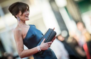 Carla Bruni, à Cannes, rayonne face à Marina Foïs et Mathieu Kassovitz