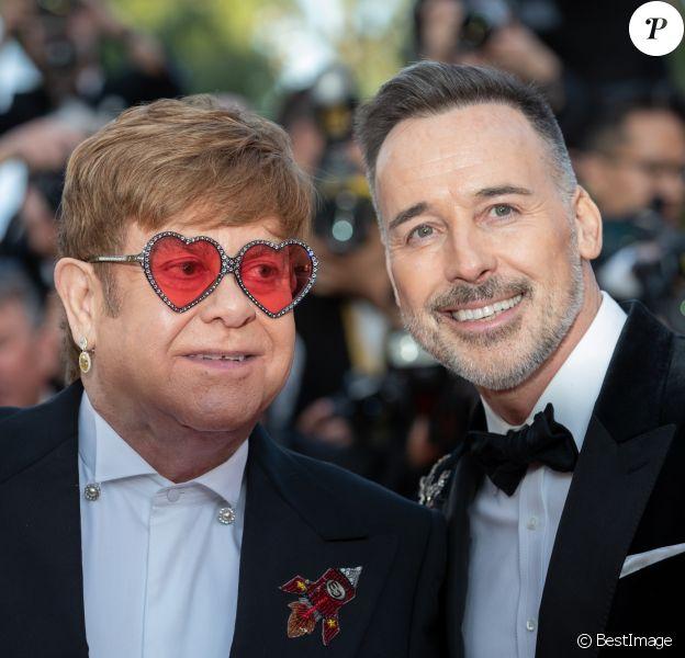 """Elton John (Lunettes Gucci) et son mari David Furnish - Montée des marches du film """"Rocketman"""" lors du 72ème Festival International du Film de Cannes. Le 16 mai 2019 © Borde / Bestimage"""