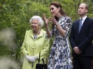 Kate Middleton sublime avec Elizabeth II dans son jardin et fière de ses enfants