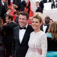 """Christian Estrosi et sa femme Laura Tenoudji - Montée des marches du film """"A Hidden Life"""" lors du 72ème Festival International du Film de Cannes. Le 19 mai 2019 © Jacovides-Moreau / Bestimage -"""