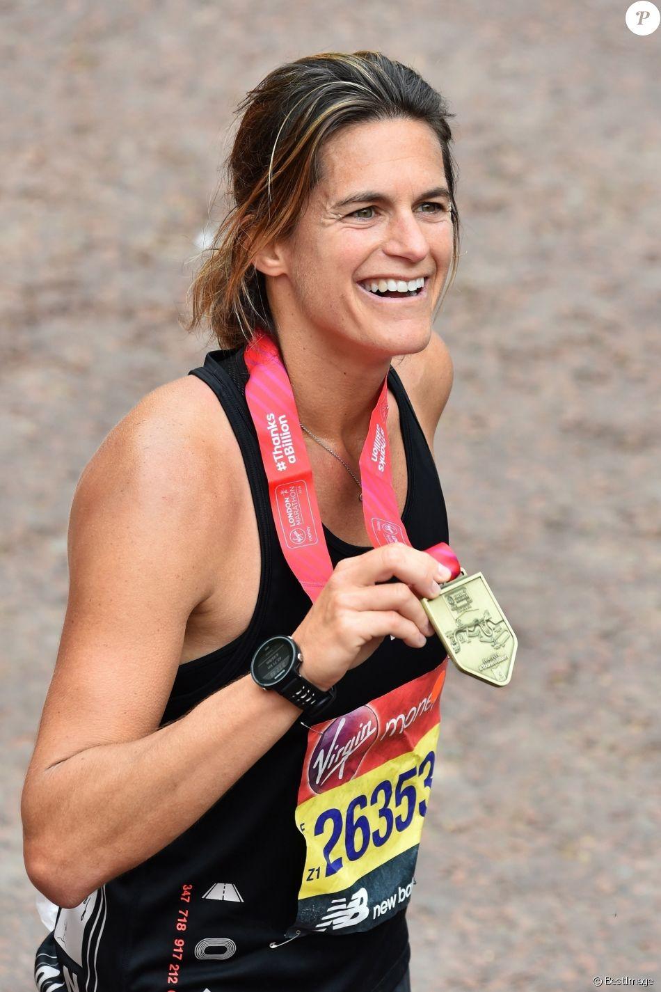 Amélie Mauresmo boucle le marathon de Londres en 3h22'45'' le 28 avril 2019.