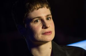 Christine and The Queens dénonce subir des