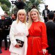 """Patricia Arquette, sa fille Harlow Olivia Calliope - Montée des marches du film """"Sibyl"""" lors du 72ème Festival International du Film de Cannes. Le 24 mai 2019 © Borde / Bestimage"""