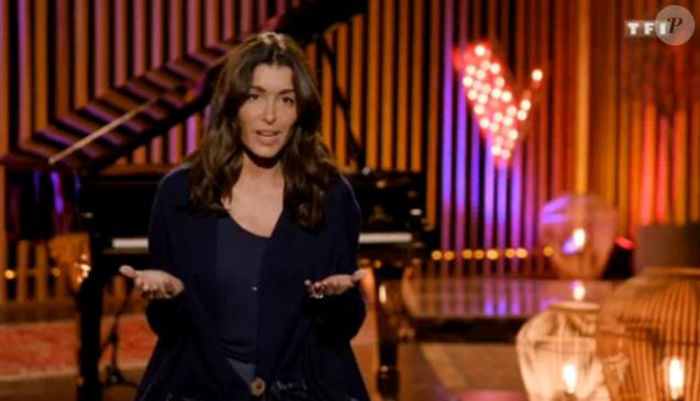 """Jenifer en cardigan Apache lors de la demi-finale de """"The Voice 8"""", samedi 1er juin 2019 sur TF1."""
