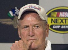 Paul Newman opéré d'un cancer