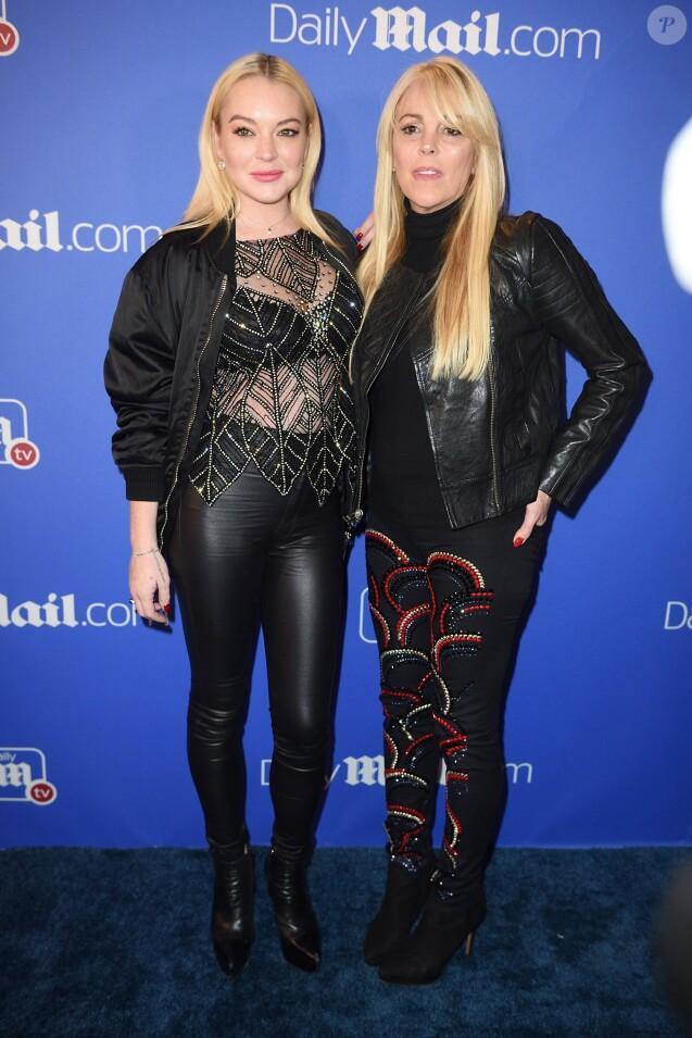 Lindsay Lohan et sa mère Dina Lohan lors de la soirée du Dailymail.com à l'Hôtel Moxy à New York, le 6 décembre 2017.