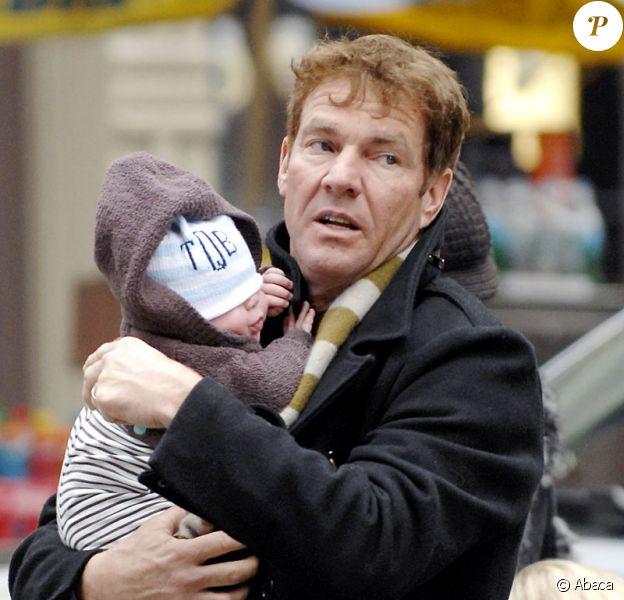 Dennis Quaid et l'un de ses jumeaux