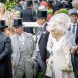 Le roi Willem-Alexander des Pays-Bas, le prince Charles, prince de Galles, le prince William, duc de Cambridge et Camilla Parker Bowles, duchesse de Cornouailles - La famille royale britannique et les souverains néerlandais lors de la première journée des courses d'Ascot 2019, à Ascot, Royaume Uni, le 18 juin 2019.  Royal family attend the Royal Ascot Horse Races 2019, in Ascot, UK, on June 18, 2019.18/06/2019 - Ascot