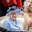 La reine Elizabeth II et la reine Maxima des Pays-Bas au Royal Ascot le 18 juin 2019.
