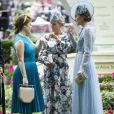 Kate Middleton, duchesse de Cambridge (en robe Elie Saab), avec la princesse Eugenie d'York et Zara Phillips (Zara Tindall) au Royal Ascot le 18 juin 2019.