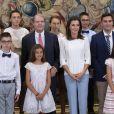 La reine Letizia d'Espagne lors de ses audiences au palais de la Zarzuela à Madrid le 27 juin 2019.
