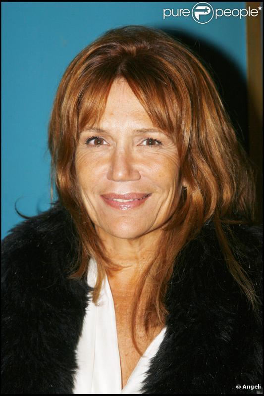 Clémentine Célarié participe à la pièce La Servante amoureuse