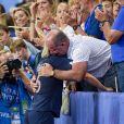 Amandine Henry et son père dans les tribunes lors du quart de finale de la Coupe du Monde Féminine de football opposant les Etats-Unis à la France au Parc des Princes à Paris, France, le 28 juin 2019. Les USA ont gagné 2-1. © Pierre Perusseau/Bestimage