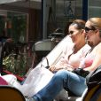 Eva Longoria, avec ses amis Maria Bravo et Ken Paves à Marbella