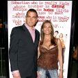"""Vinnie Jones et sa compagne Tanya lors de la première du film """"She's the man"""", à Los Angeles, en mars 2006."""