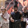 Laeticia Hallyday et son ami Jean Reno en visite en famille au Puy du Fou, le 28 juin 2019.