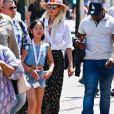 Exclusif - Laeticia Hallyday, sa fille Joy - Laeticia Hallyday et ses filles Jade et Joy à Disneyland Paris avec la nounou Sylviane, le 26 juin 2019. Elles sont venues passer 2 jours avec Jean Reno, sa femme Zofia Borucka et leurs enfants Cielo et Dean.