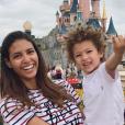 Chloé Mortaud et Matis le 3 juin 2018 à Disneyland Paris.