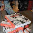 Gina Lollobrigida présente son livre à l'ouverture de son exposition photographique à Rome, juin 2009