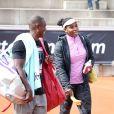 Serena Williams s'entraine à Stockholm avec son coach français Patrick Mouratoglou le 14 juillet 2015.