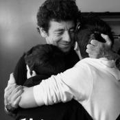 "Patrick Bruel : Rares confidence sur ses fils, sa ""force extraordinaire"""