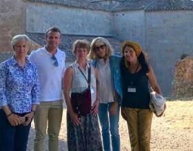 Dimanche 28 juillet 2019, Emmanuel et Brigitte Macron se sont rendus à L'Abbaye du Thoronet dans le Var.