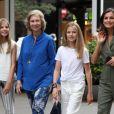 La princesse Sofia, la reine Sofia, la princesse Leonor et la reine Letizia - La famille royale d'Espagne dans les rues de Majorque. Le 1er août 2019