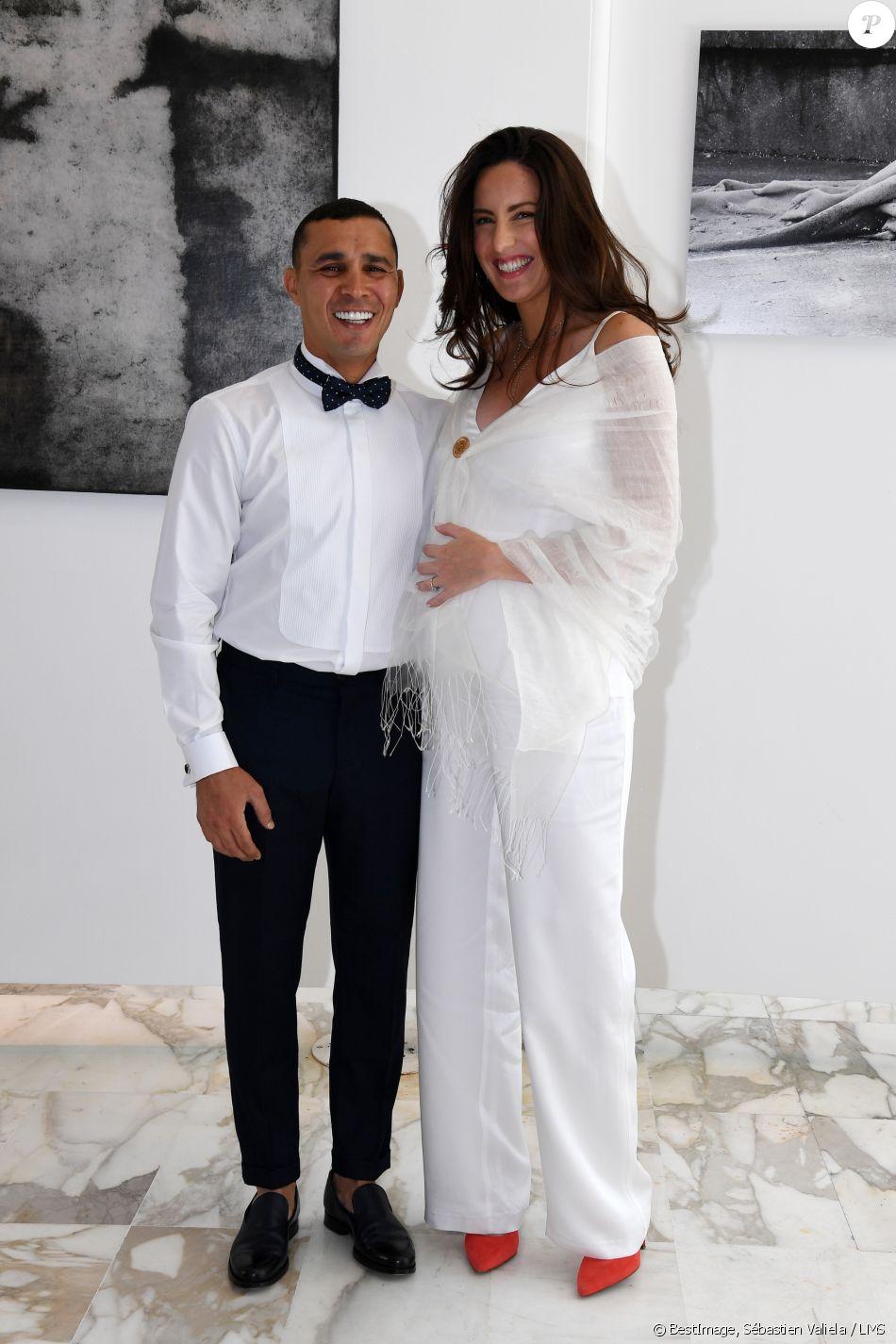 Exclusif - Mariage de Brahim Asloum et Justine Pouget à la Mairie du 17ème arrondissement à Paris. © Sébastien Valiela / LMS / Bestimage