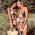 Laury Thilleman et sa soeur, sosies sur Instagram (17 août 2019).
