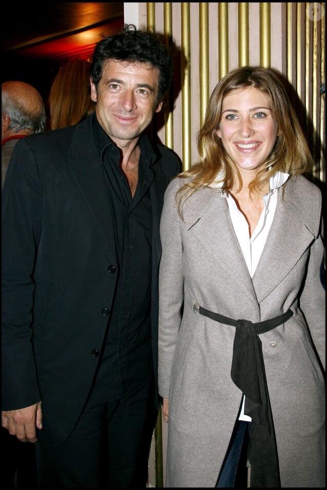 """Patrick Bruel et Amanda Sthers lors de la générale de la pièce """"Thalasso"""" au théâtre Hebertot, à Paris, le 8 octobre 2007."""