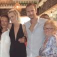 Laeticia Hallyday célèbre l'anniversaire de François Roelants, le mari de Marc-Olivier Fogiel, à Saint-Barth, le 6 août 2019.