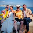 Elton John pose avec David et Victoria Beckham ainsi que son mari David Furnish, sur un yacht dans le Sud de la France, le 25 août 2019.