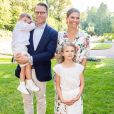 La princesse héritière Victoria et le prince Daniel de Suède avec leurs enfants la princesse Estelle et le prince Oscar le 14 juillet 2019 à la Villa Solliden sur l'île d'Öland, le jour du 42e anniversaire de Victoria.