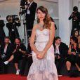 """Delphine Wespiser (habillée en C. Guillarmé) - Tapis rouge du film """"About Endlessness"""" (Om det Oandliga) lors du 76ème festival international du film de Venise, la Mostra, le 3 septembre 2019."""