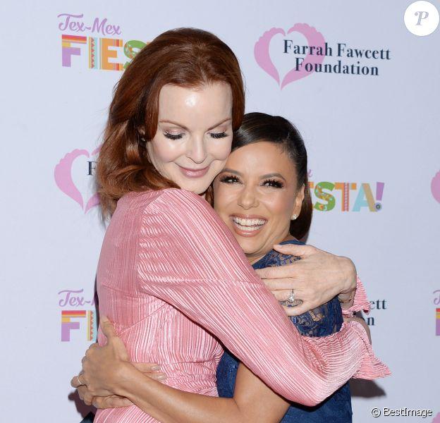 """Marcia Cross et Eva Longoria au photocall du gala caritatif """"Farrah Fawcett Foundation"""" au Wallis Annenberg Center for the Performing Arts à Los Angeles, le 6 septembre 2019."""