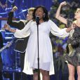 "Jennifer Hudson chante ""Will you be there"", au Staples Center de Los Angeles, le 7 juillet 2009."