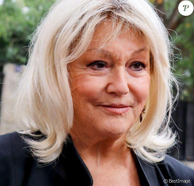 """Mylène Demongeot arrive à l'enregistrement de l'émission """"Vivement Dimanche Prochain"""" au studio Gabriel à Paris, France, le 11 septembre 2019."""