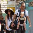 """Megan Fox et son mari Brian Austin Green sont allés déjeuner au restaurant mexicain """"Los Arroyos Montecito"""" avec leurs enfants Noah Shannon, Bodhi Ransom et Journey River, le 9 juillet 2017."""