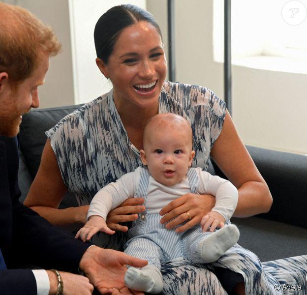 Meghan Markle, le prince Harry et leur fils Archie rencontrent Desmond Tutu et sa fille à Cape Town, en Afrique du Sud, le 25 septembre 2019.