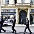 Ambiance devant le domicile de Jacques Chirac le jour de l'annonce de son décès. Paris, le 26 septembre 2019. © JB Autissier / Panoramic / Bestimage